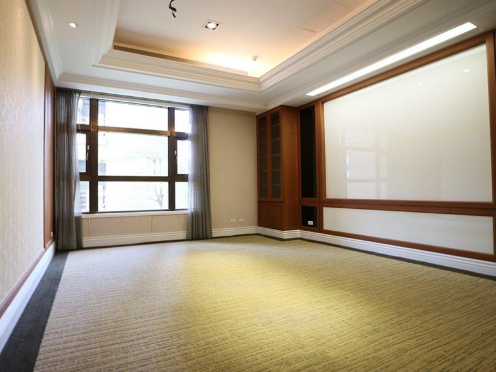 RE0154-2-租 杜拜金融大樓(B)-06