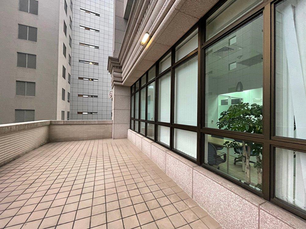 RE0154-3-租 杜拜金融大樓(C)-06